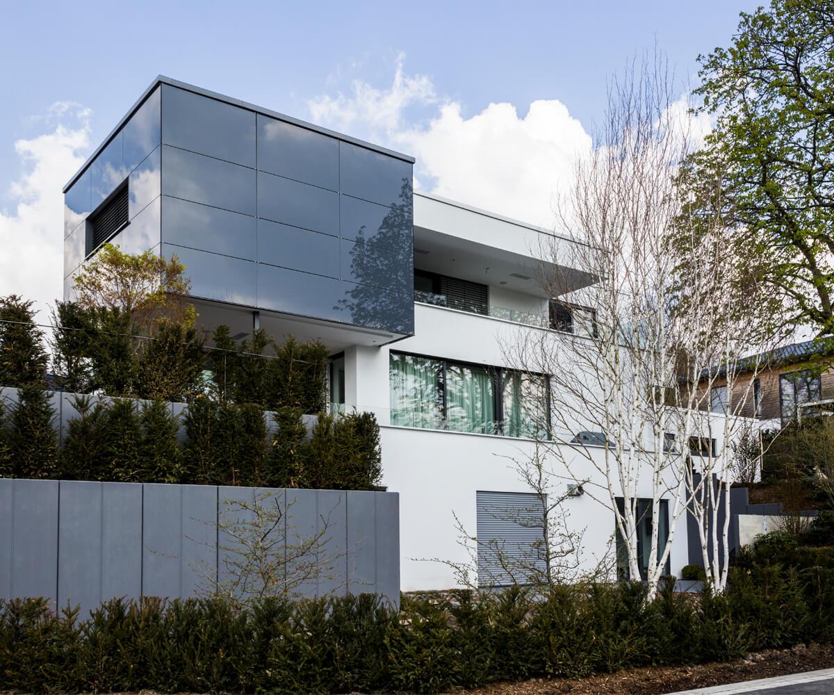 Wunderschön Vorgartengestaltung Modern Foto Von Einbindung Des Baukörpers Mit Formalen Heckenelementen Und